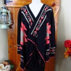 TEA & CUP Black Pink Aztec Fringed Shawl Sweater